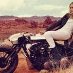 Quelques astuces pour être féminine à moto