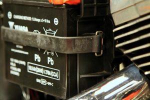 Changer une batterie moto