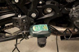 Charger une batterie de moto