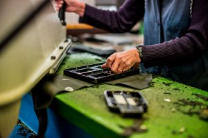 Fabrication artisanale et quasi ancestrale - Furygan ©La Bécanerie