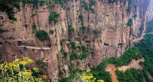 TOP 10 des routes les plus dangereuses : Tunnel de Guoliang en Chine