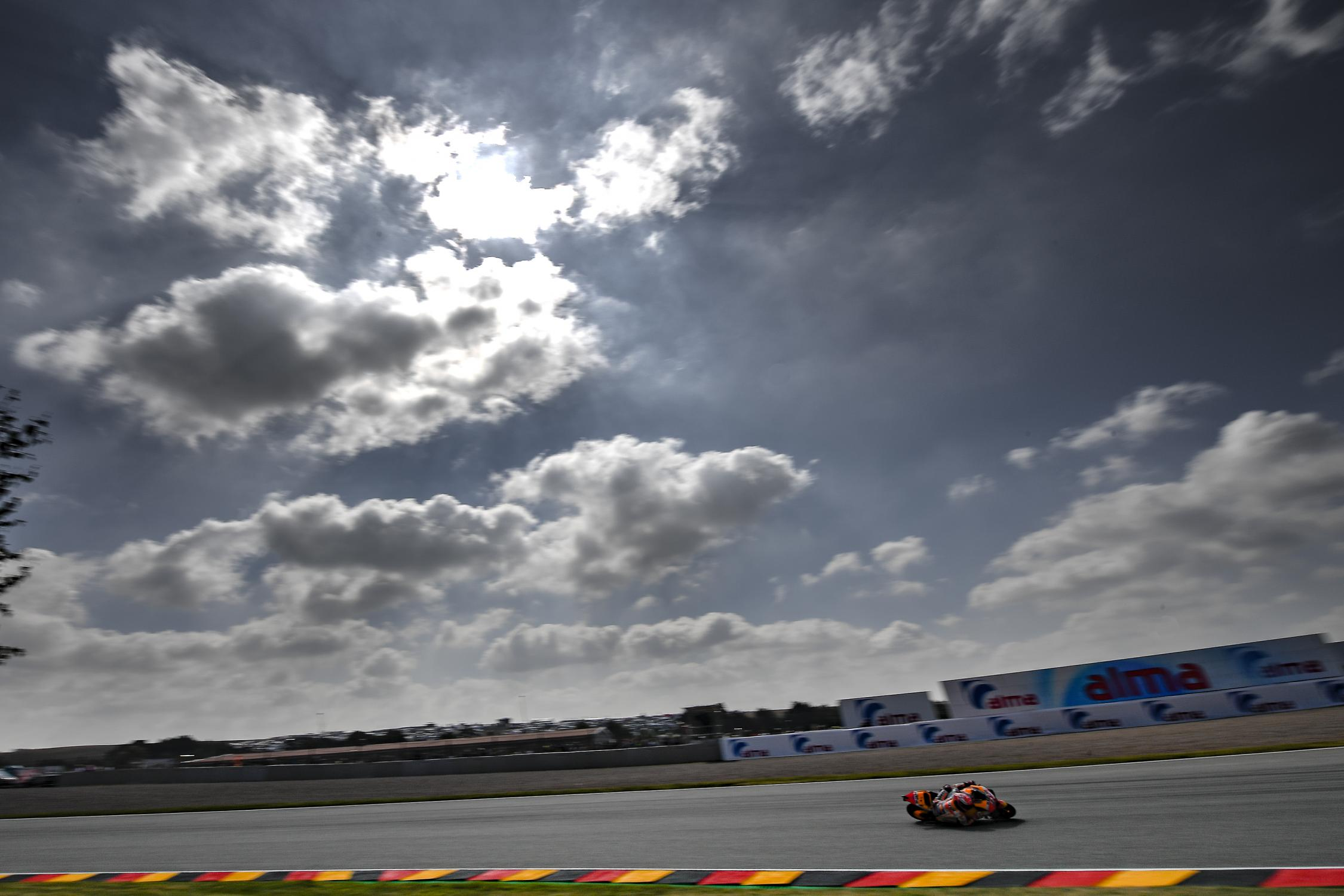 MotoGP Marquez assure au Sachsenring avant la trève