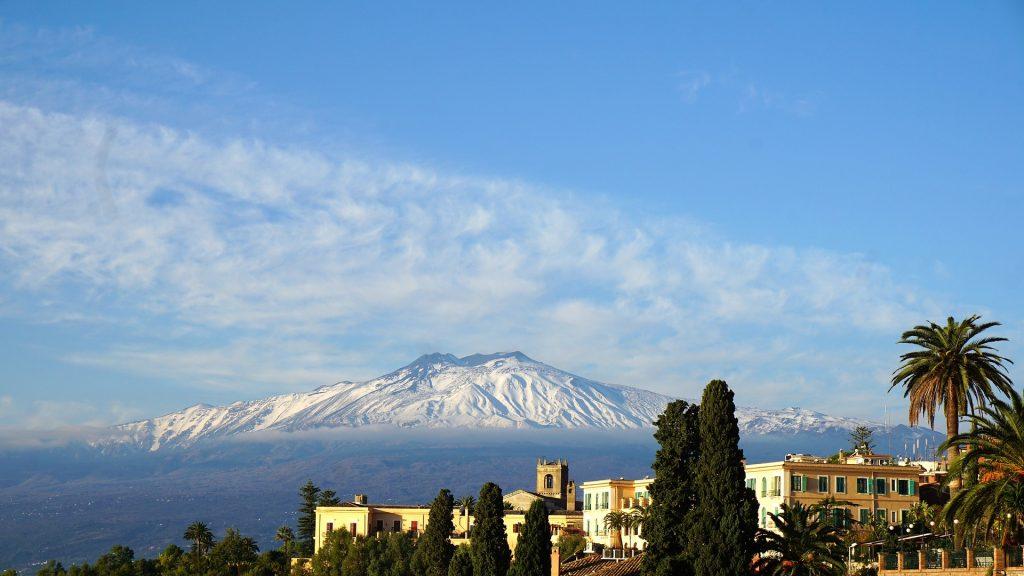 Sicile, vue sur l'Etna