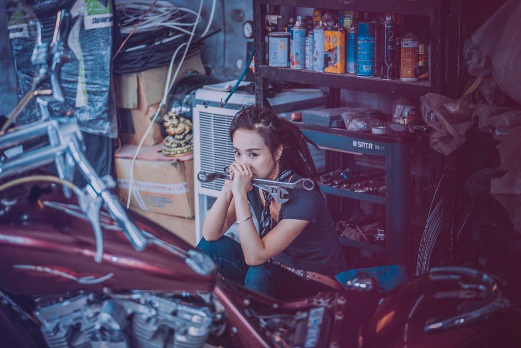 Bien s'outiller pour réparer et entretenir sa moto