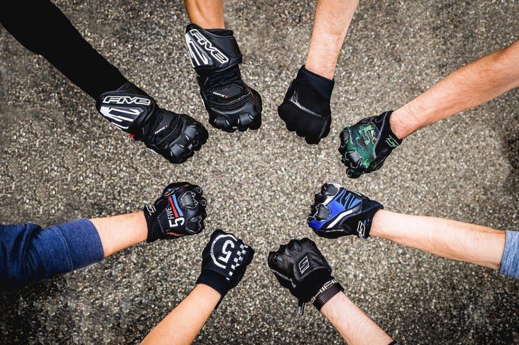 gants moto ©La Bécanerie
