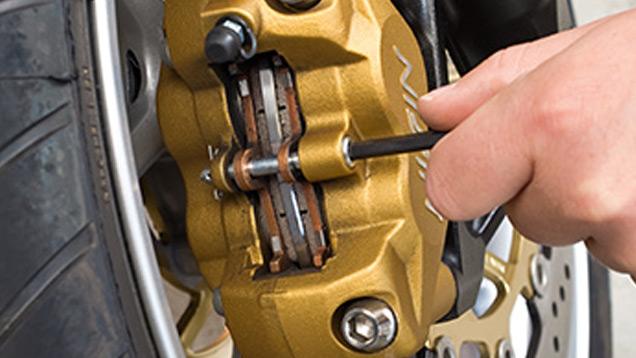 check up de printemps moto - les freins