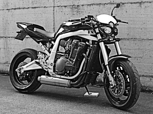 Suzuki Gsxr naked