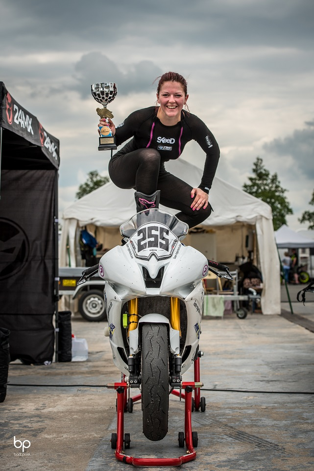 Women's Cup course 2 - Nevers Magny-Cours ©BackPixel (2)
