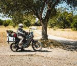 Un motard prévoyant ©La Bécanerie