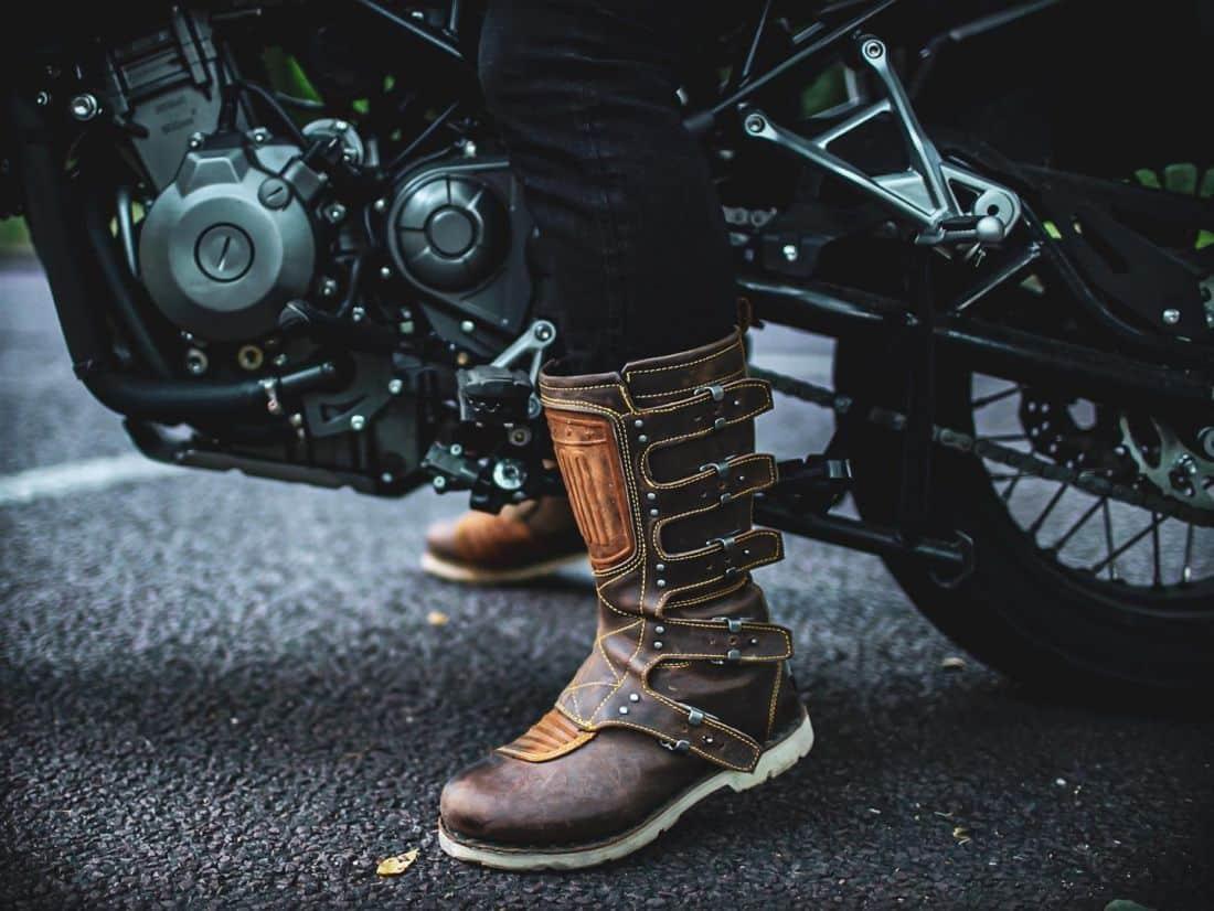 Bottes moto Icon 1000 Elsinore ©Ben Blake